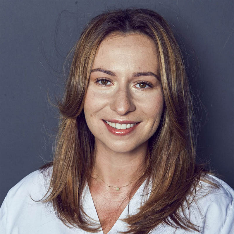Dr n. med. Karolina Szaniawska